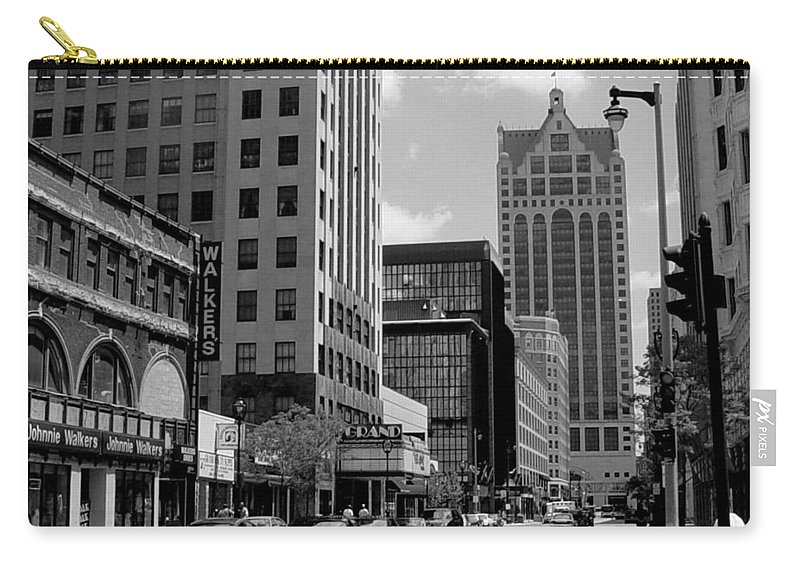 Milwaukee Carry-all Pouch featuring the photograph Milwaukee Street Scene B-w by Anita Burgermeister