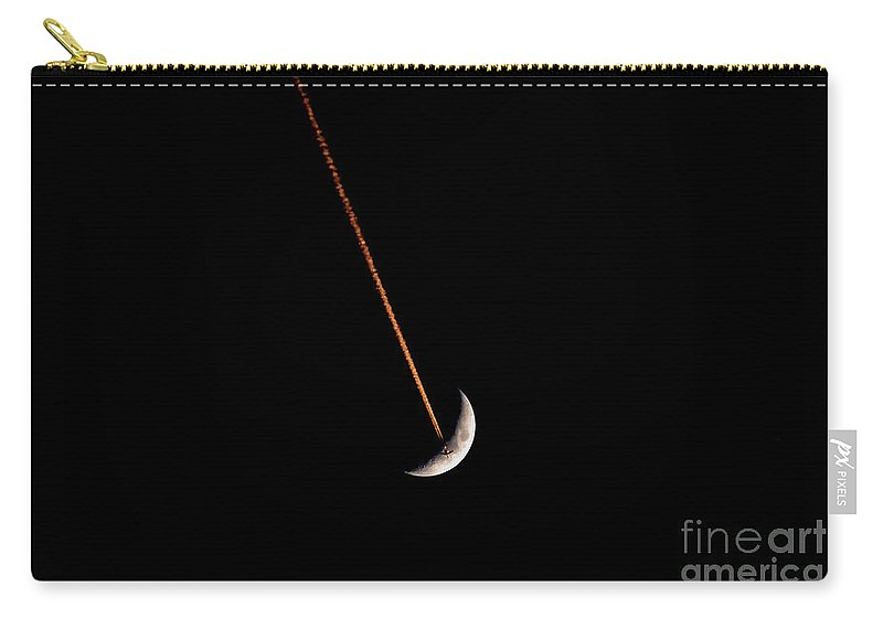 Moon Carry-all Pouch featuring the photograph Moon Flight by David Lee Thompson