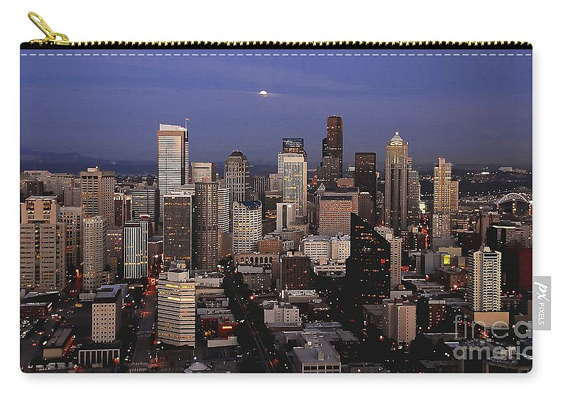 Seattle Carry-all Pouch featuring the photograph Moon Over Seattle by David Lee Thompson