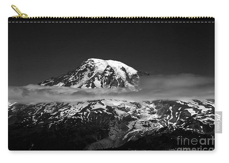 Mount Rainier Carry-all Pouch featuring the photograph Mount Rainier by David Lee Thompson