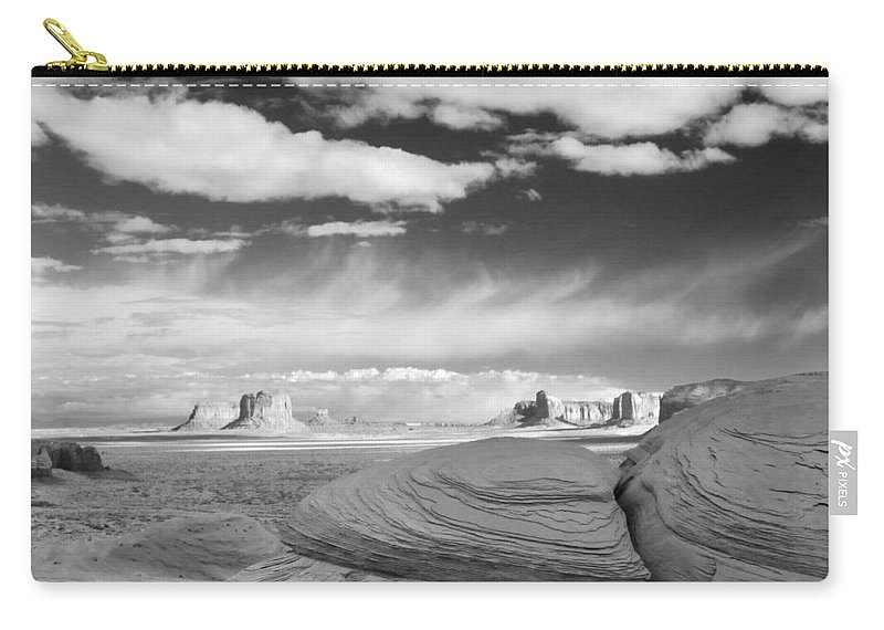Overlook Carry-all Pouch featuring the photograph Mystery Valley View 7513 by Bob Neiman