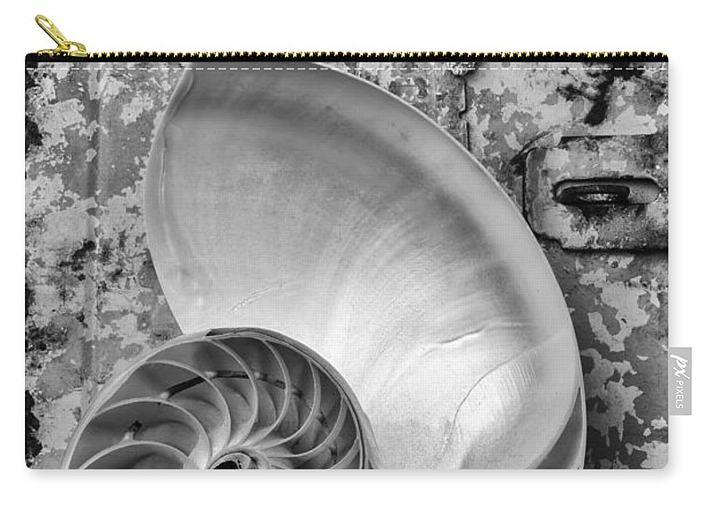 Chambered Nautilus Carry-all Pouch featuring the photograph Nautilus Shell With Starfish by Garry Gay