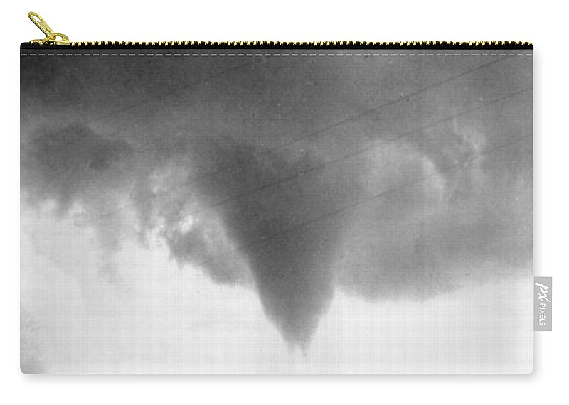 1911 Carry-all Pouch featuring the photograph Nebraska: Tornado, 1911 by Granger