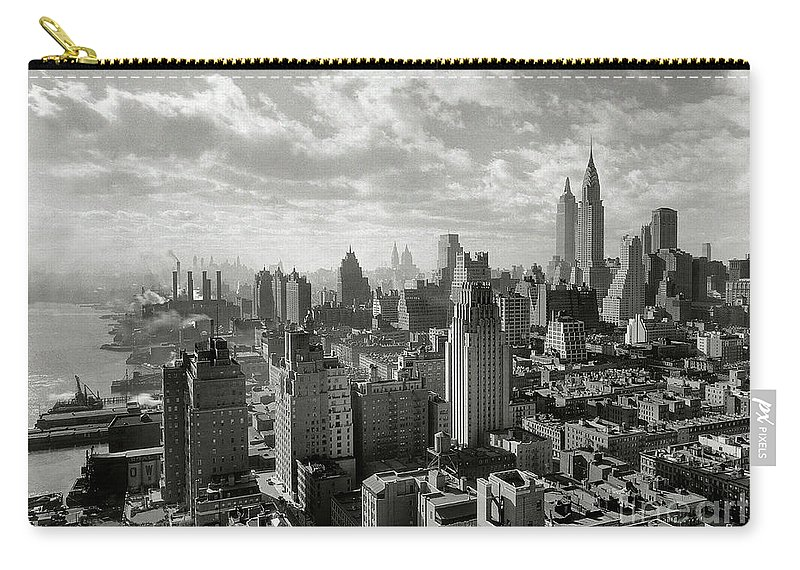 Times Square Carry-all Pouch featuring the photograph New Your City Skyline by Jon Neidert