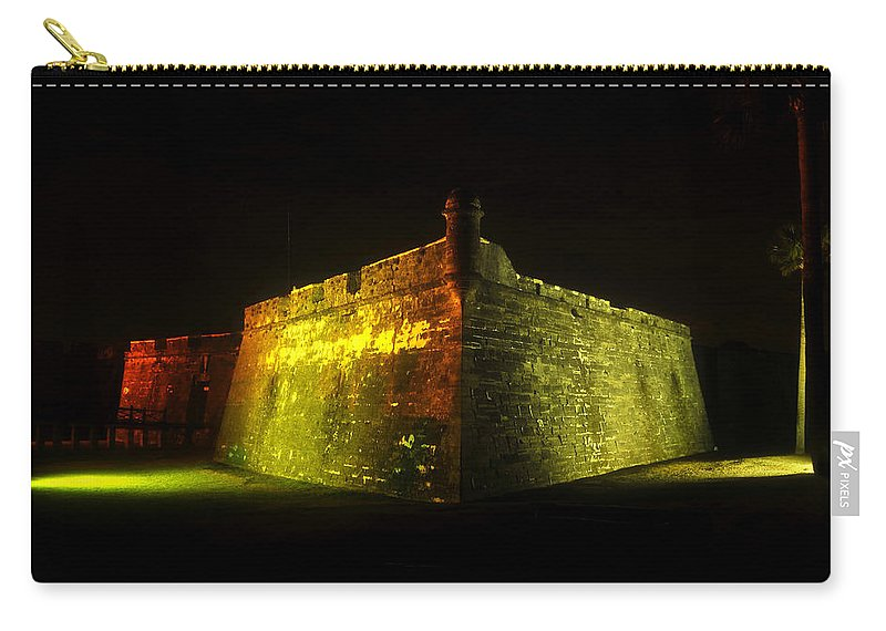 Castillo De San Marcos Carry-all Pouch featuring the photograph Night At The Castillo by David Lee Thompson