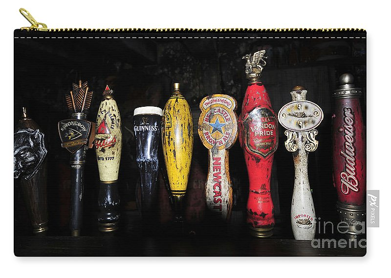 Beer Carry-all Pouch featuring the photograph Nightly Lineup by David Lee Thompson