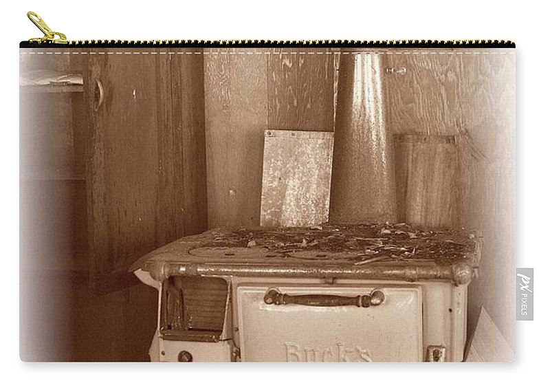 Stove Carry-all Pouch featuring the photograph Not Much Cookin - Unionville Nv by Nelson Strong