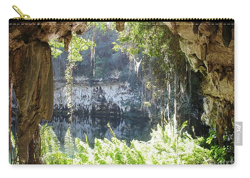Tres Ojos Carry-all Pouch featuring the photograph Ojo by Rosalie Rodriguez