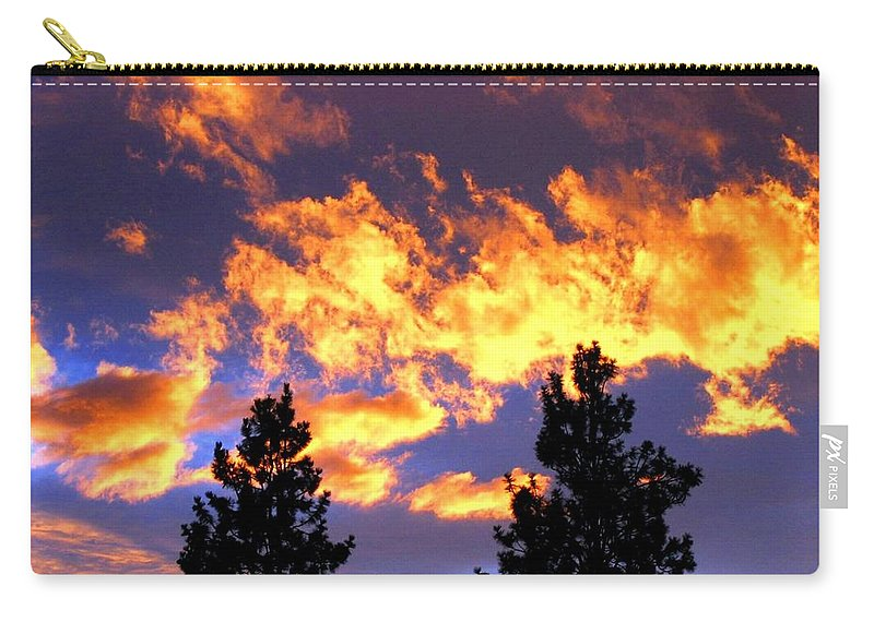 Sunset Carry-all Pouch featuring the photograph Okanagan Sunset by Will Borden