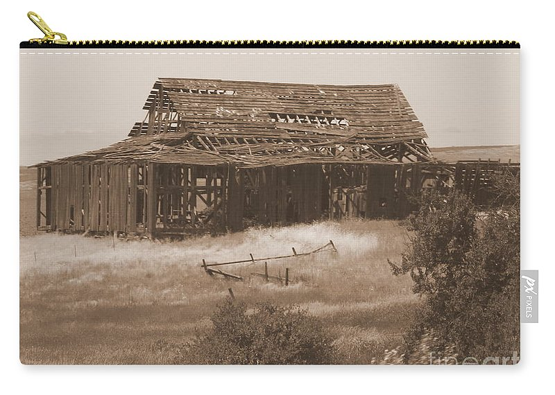 Sepia Carry-all Pouch featuring the photograph Old Barn In Oregon by Carol Groenen