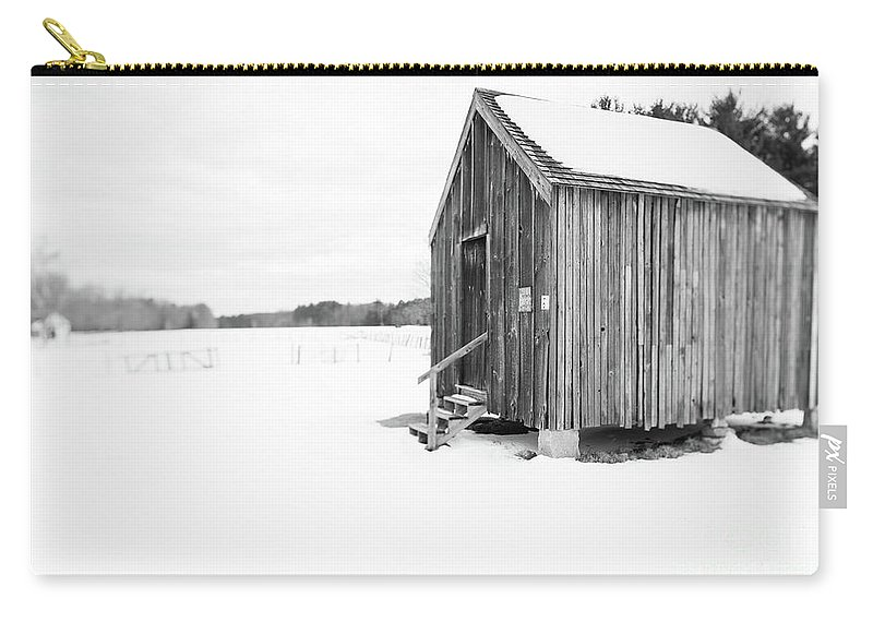 New Hampshire Carry-all Pouch featuring the photograph Old Corn Crib Muster Field Farm Winter by Edward Fielding