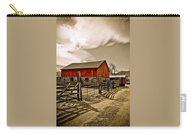 Americana Carry-all Pouch featuring the photograph Old Country Farm by Marilyn Hunt
