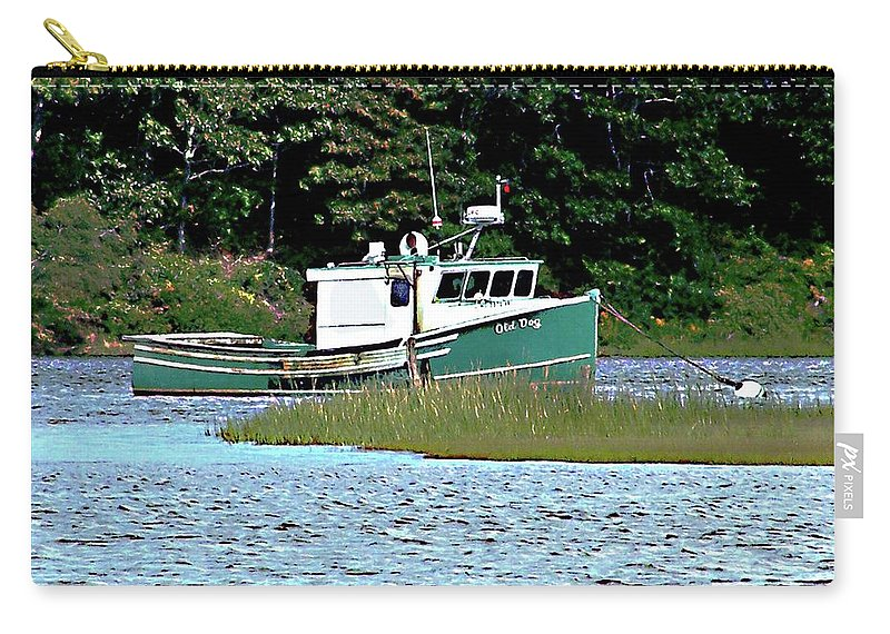 Cape Cod Carry-all Pouch featuring the photograph Old Dog On Bass River by Marilyn Holkham
