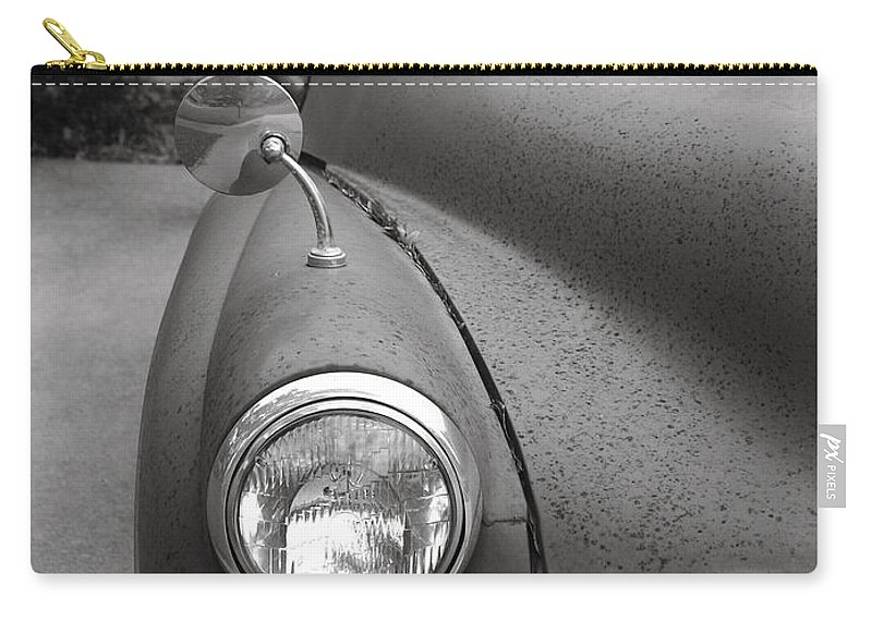 Old Carry-all Pouch featuring the photograph Old English Car by Marilyn Hunt