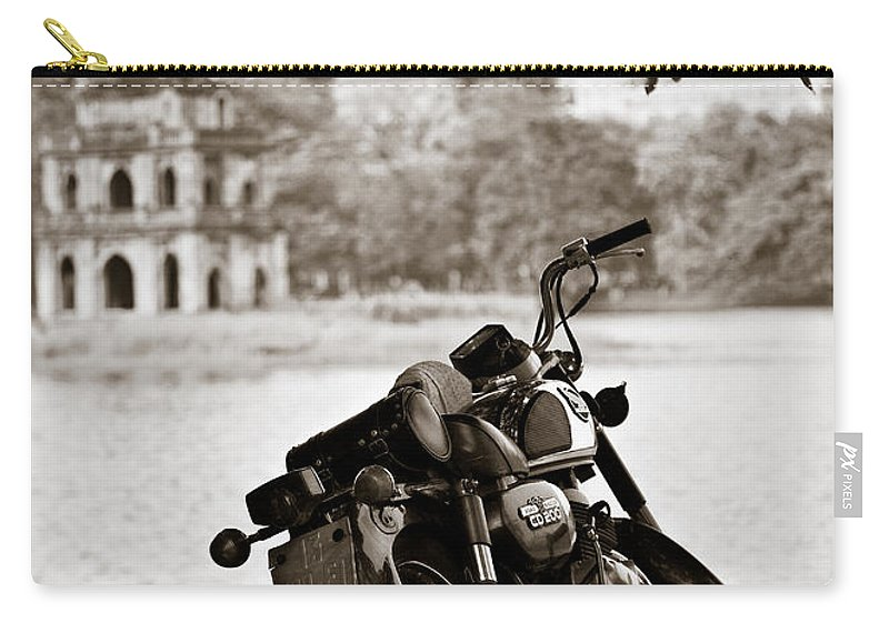 Honda Carry-all Pouch featuring the photograph Old Honda by Dave Bowman