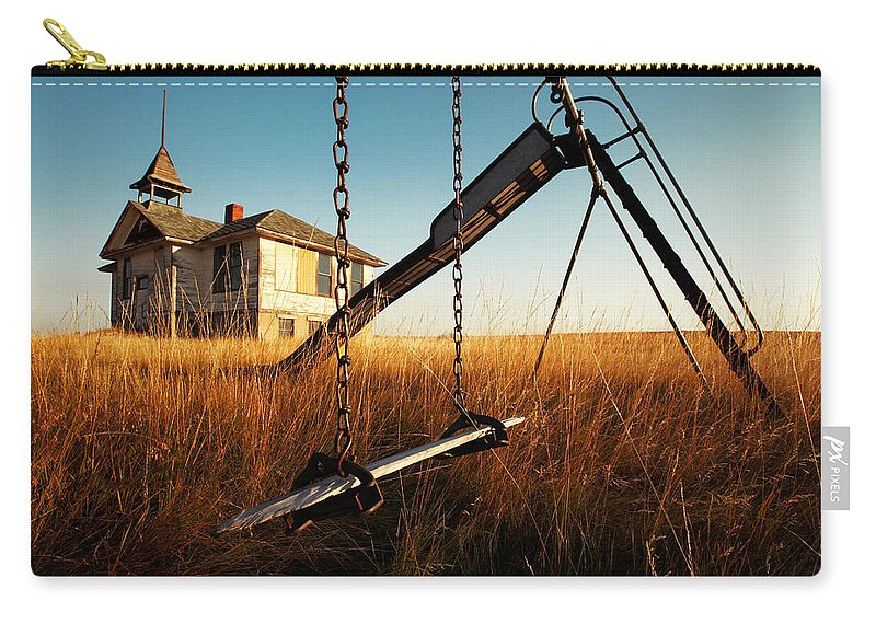 Old Carry-all Pouch featuring the photograph Old Savoy Schoolhouse by Todd Klassy