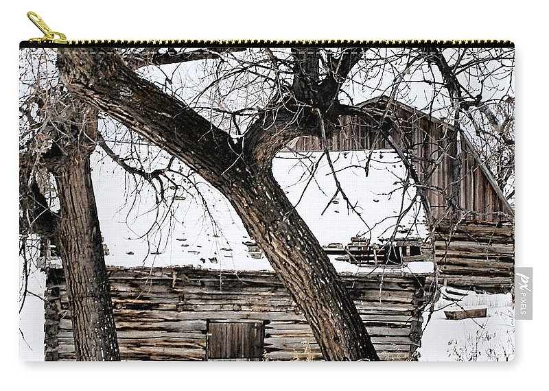 Old Barn Carry-all Pouch featuring the photograph Old Ulm Barn by Susan Kinney