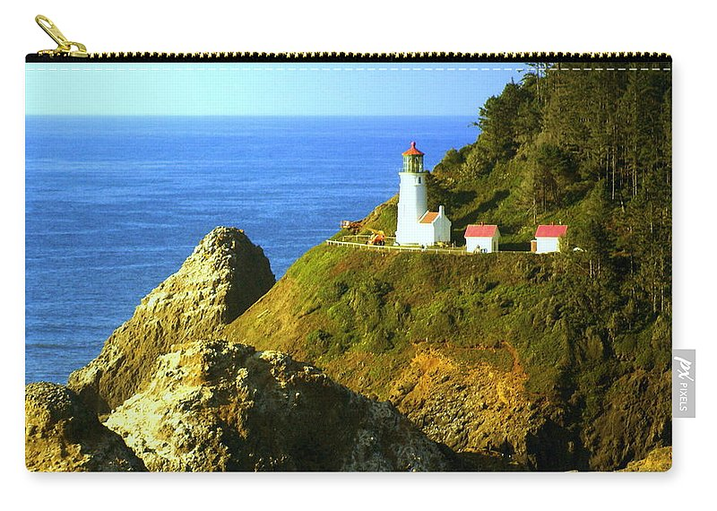 Ocean Carry-all Pouch featuring the photograph Oregan Lighthouse by Marty Koch