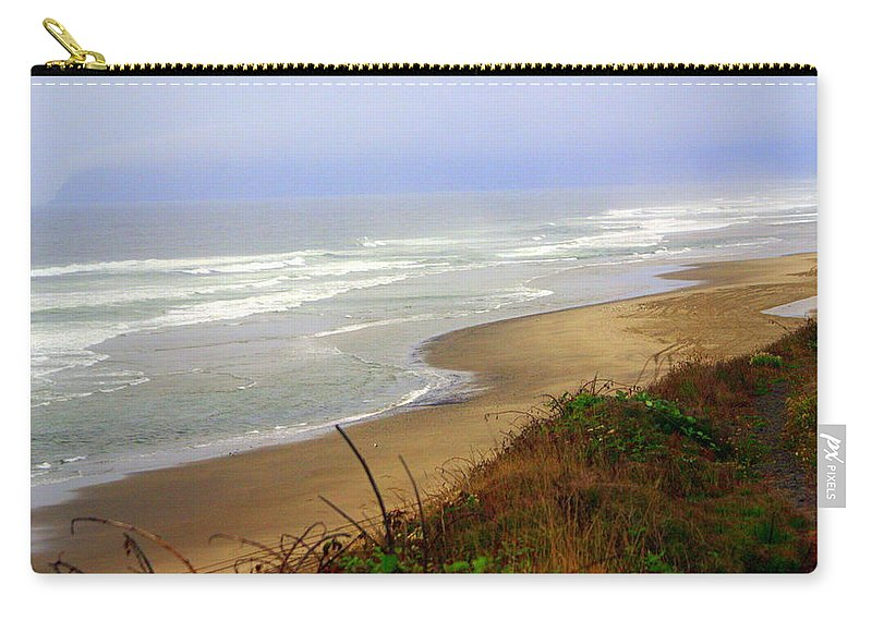 Carry-all Pouch featuring the photograph Oregon Coast 3 by Marty Koch