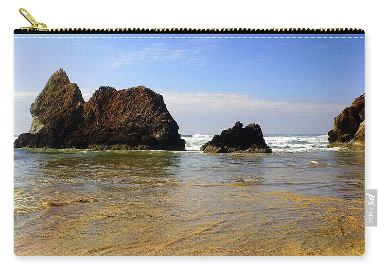 Ocean Carry-all Pouch featuring the photograph Oregon Coast 9 by Marty Koch