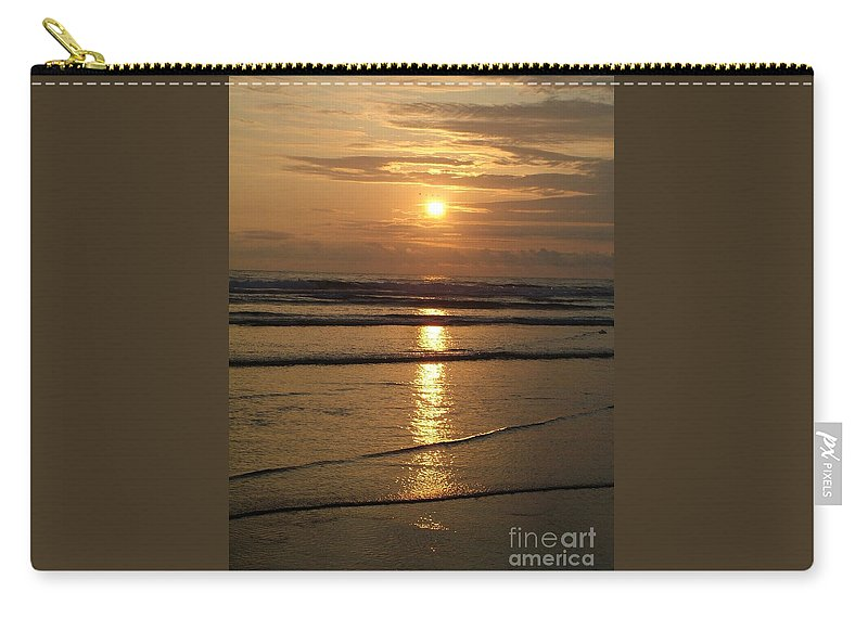 Sunset Carry-all Pouch featuring the photograph Oregon Sunset by Nick Gustafson