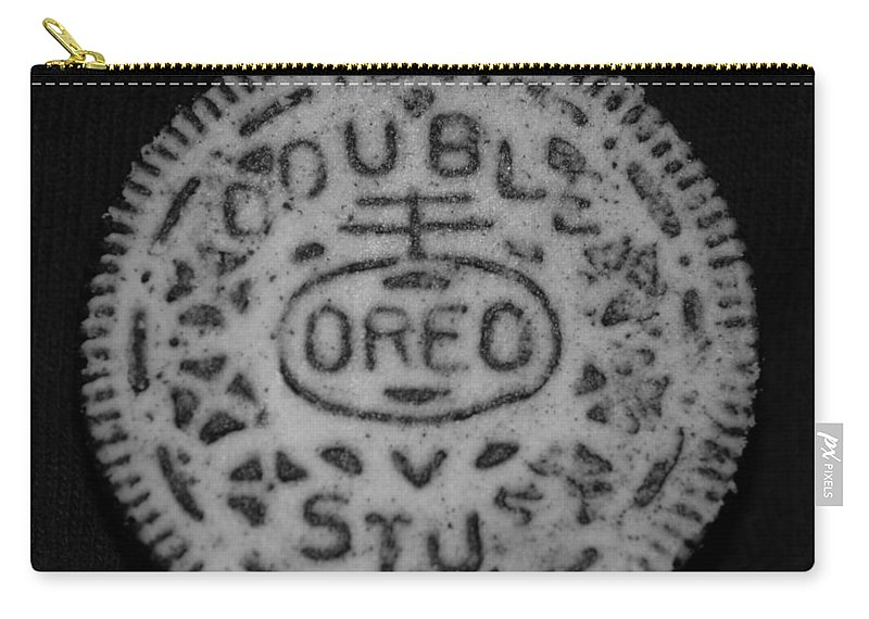 Oreo Carry-all Pouch featuring the photograph Oreo In Matte Finish by Rob Hans