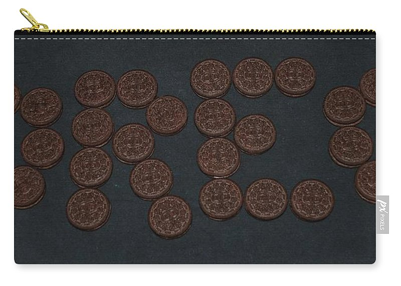 Oreo Carry-all Pouch featuring the photograph Oreo by Rob Hans