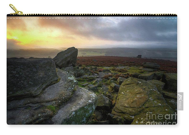 Yhun Suarez Carry-all Pouch featuring the photograph Owler Tor 10.0 by Yhun Suarez