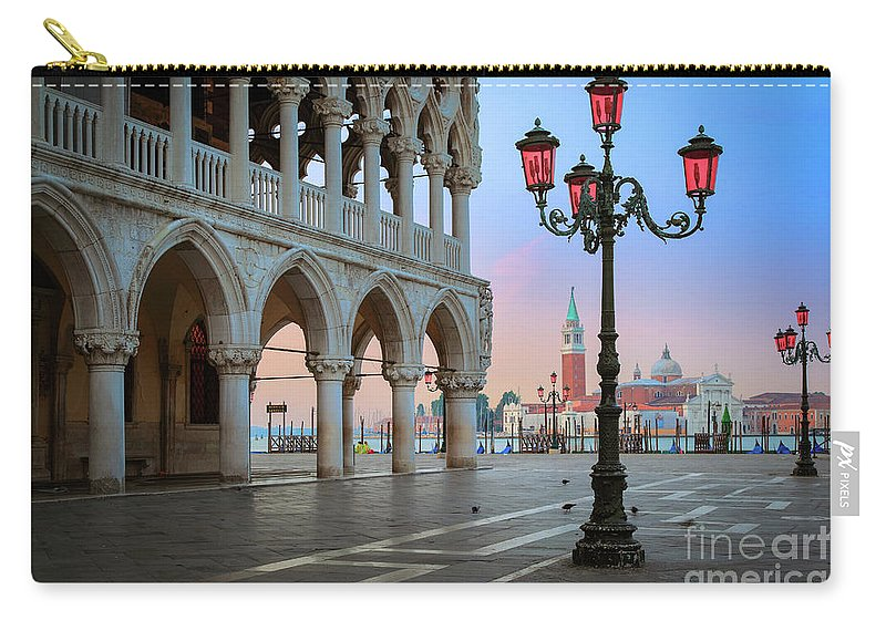 Doge's Palace Carry-all Pouch featuring the photograph Palazzo Ducale by Inge Johnsson