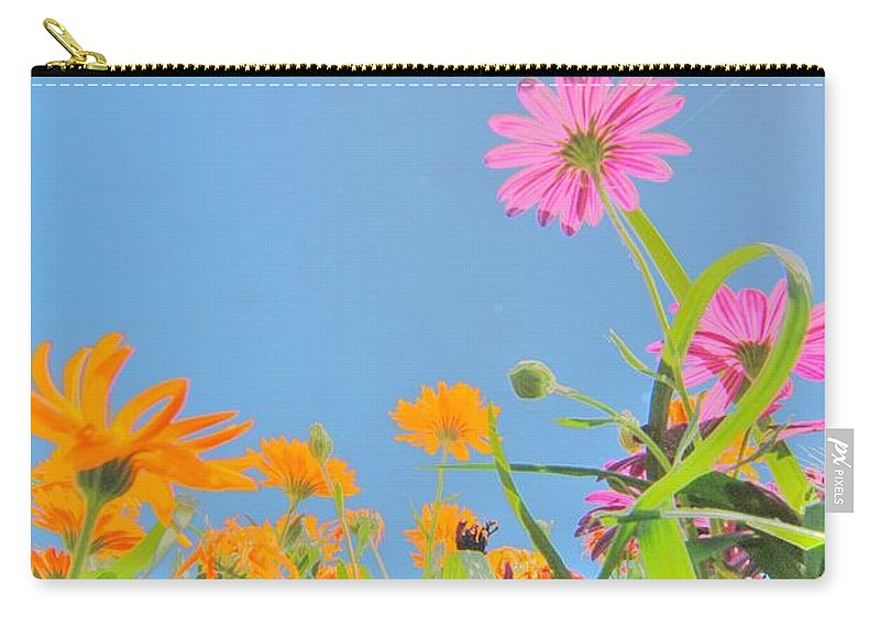 Poppy Carry-all Pouch featuring the photograph Pastel Poppies by Richard Omura
