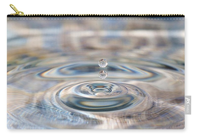 Water Drop Carry-all Pouch featuring the photograph Pastel Water Sculpture 1 by Kristina Jones