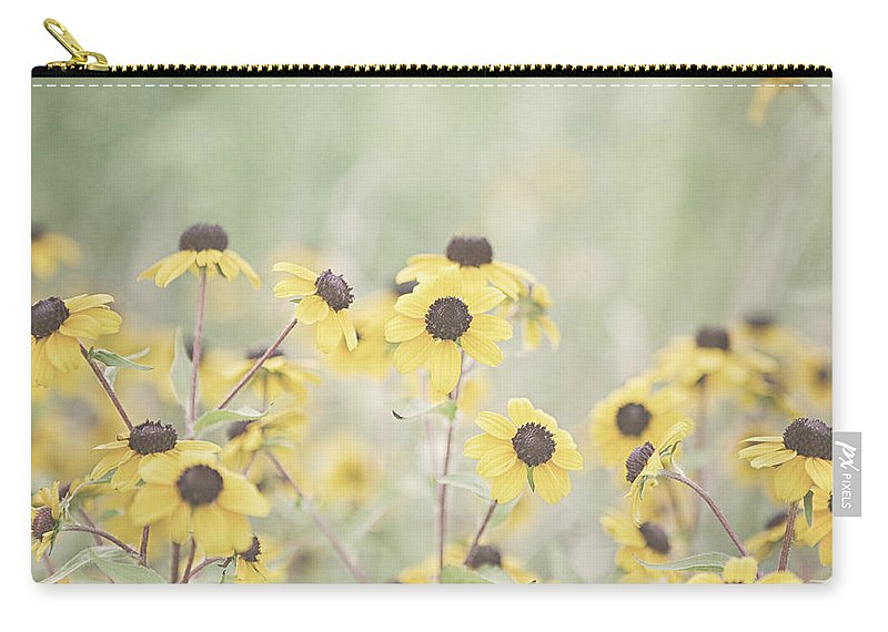 Black Eyed Susan Carry-all Pouch featuring the photograph Peeping by Lisa Russo
