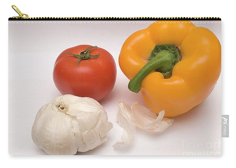 Psi Carry-all Pouch featuring the photograph Pepper, Tomato And Garlic by Ofer Zilberstein