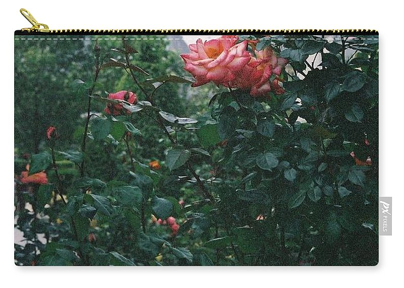 Roses Carry-all Pouch featuring the photograph Pink Roses And The Eiffel Tower by Nadine Rippelmeyer