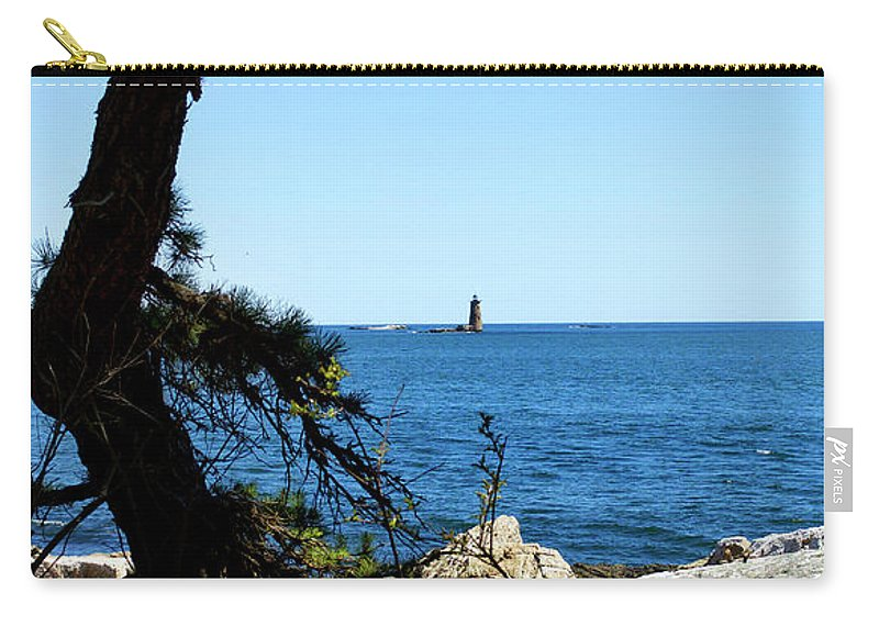 Lighthouses Carry-all Pouch featuring the photograph Portsmouth Harbor Light by Skip Willits