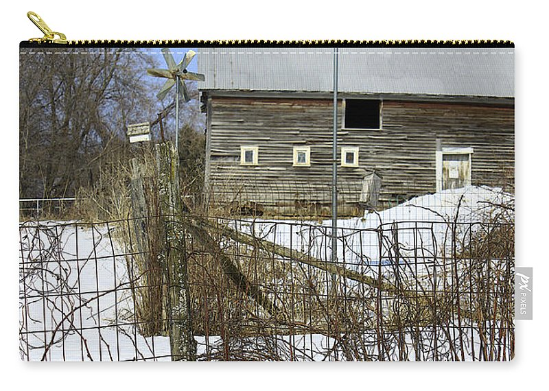 Country Carry-all Pouch featuring the photograph Premium Bird House View by Deborah Benoit