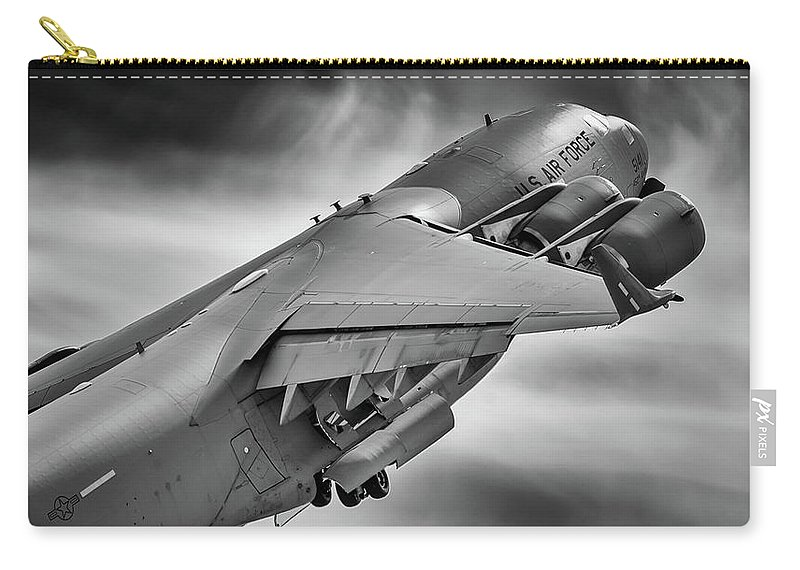 Boeing Carry-all Pouch featuring the photograph Pretty Light On His Feet by Jay Beckman