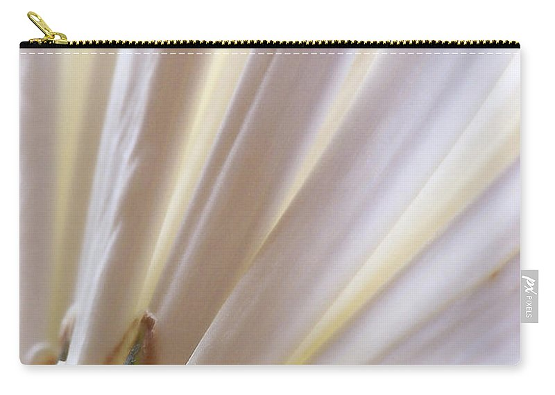 Macro Carry-all Pouch featuring the photograph Pure by Lauren Radke