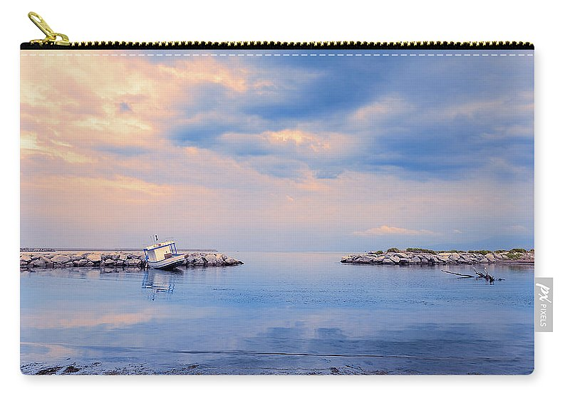 Sicily Carry-all Pouch featuring the photograph Quiet Sea by Emanuele Carlisi
