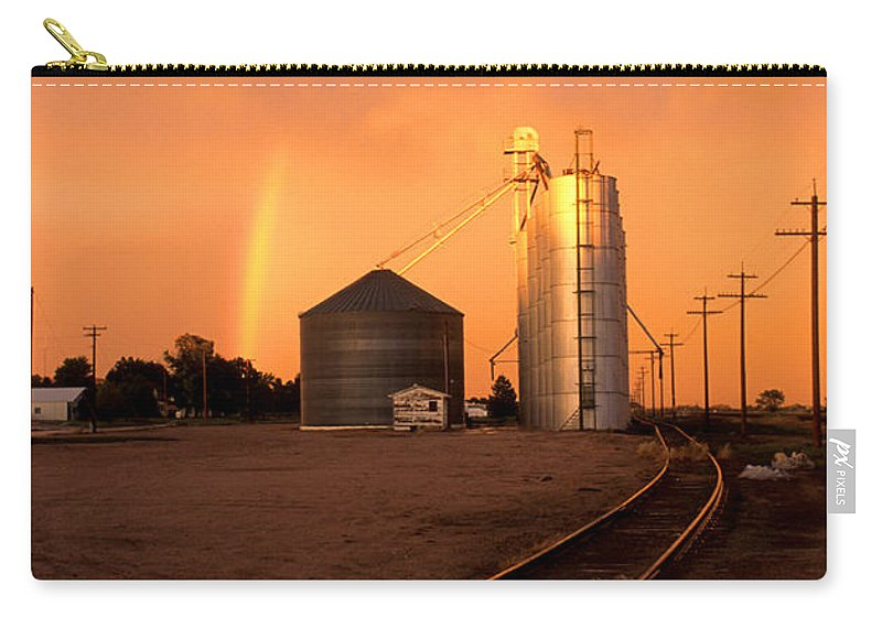 Potter Carry-all Pouch featuring the photograph Rainbow In Potter by Jerry McElroy