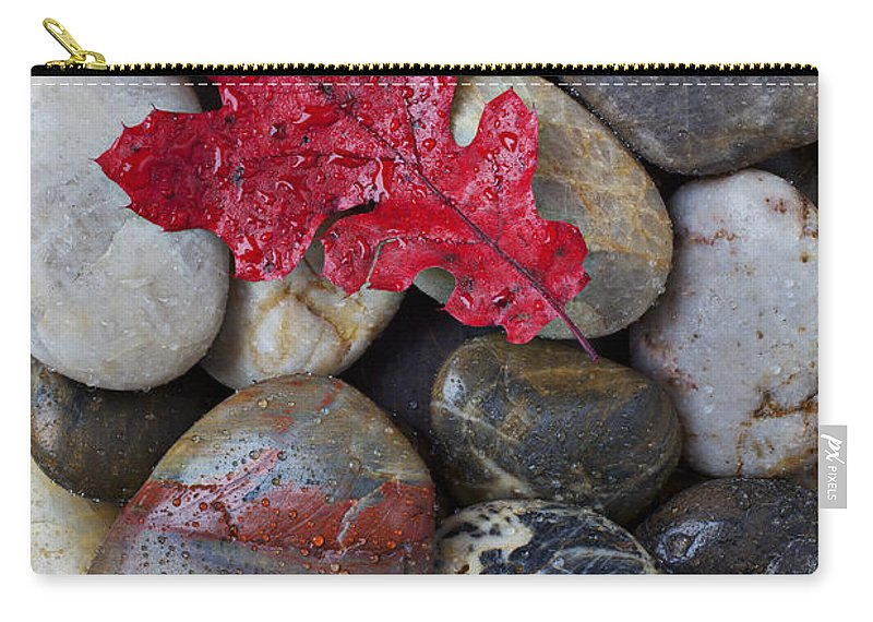 Red Leaf Carry-all Pouch featuring the photograph Red Leaf Wet Stones by Garry Gay