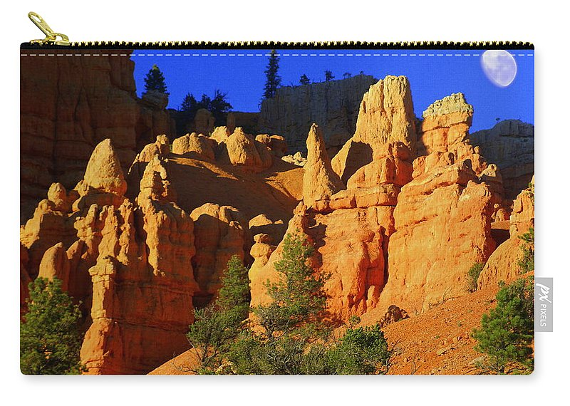 Red Rock Canyon Carry-all Pouch featuring the photograph Red Rock Canoyon Moonrise by Marty Koch