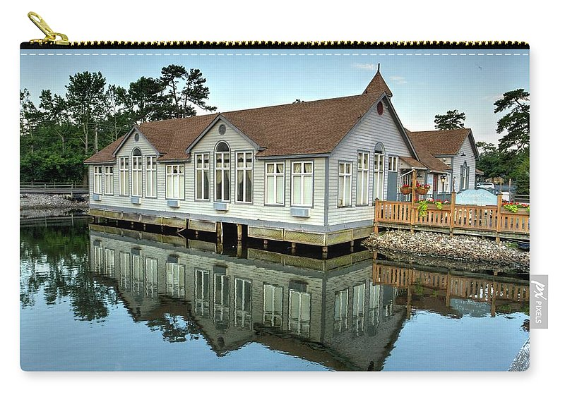 Recent Carry-all Pouch featuring the photograph Reflections At Historic Smithville Inn by Geraldine Scull