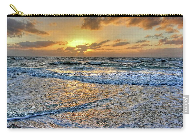 Hh Photography Of Florida Carry-all Pouch featuring the photograph Restless by HH Photography of Florida