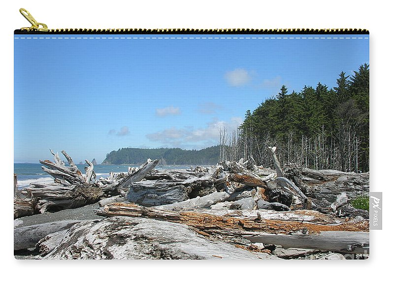 Rialto Beach Washignton Carry-all Pouch featuring the photograph Rialto Beach Washington by Diane Greco-Lesser