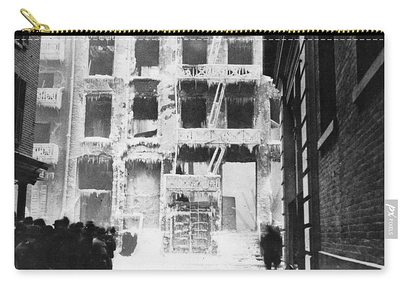 1909 Carry-all Pouch featuring the photograph Riis: Lower East Side by Granger