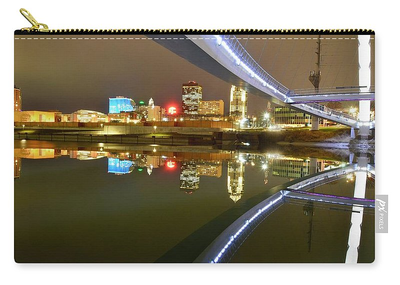 Des Moines Carry-all Pouch featuring the photograph River Reflections by Justin Langford