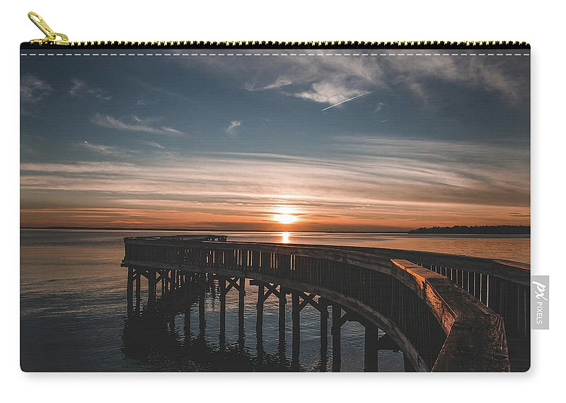 Water Carry-all Pouch featuring the photograph Riverview by Sarah Jackson