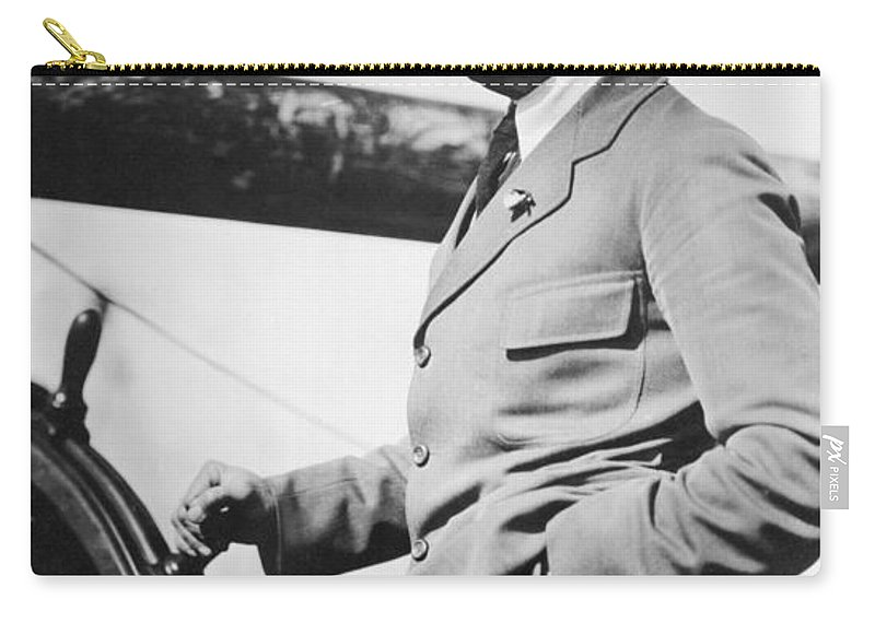 1920 Carry-all Pouch featuring the photograph Roald Amundsen (1872-1928) by Granger
