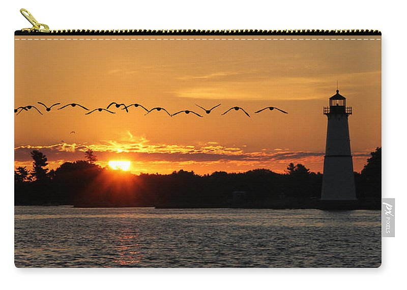 Rock Island Lighthouse Carry-all Pouch featuring the photograph Rock Island Lighthouse by Lori Deiter
